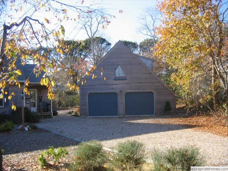 Remodeling contractor wellfleet 02667 appropriate for Saltbox house additions